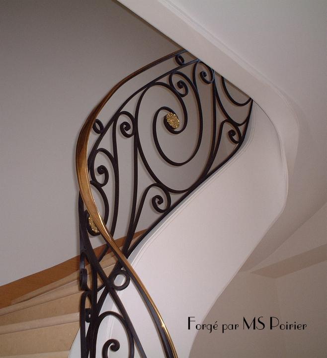Pin escalier en fer forge on pinterest - Les plus beaux portails en fer forge ...