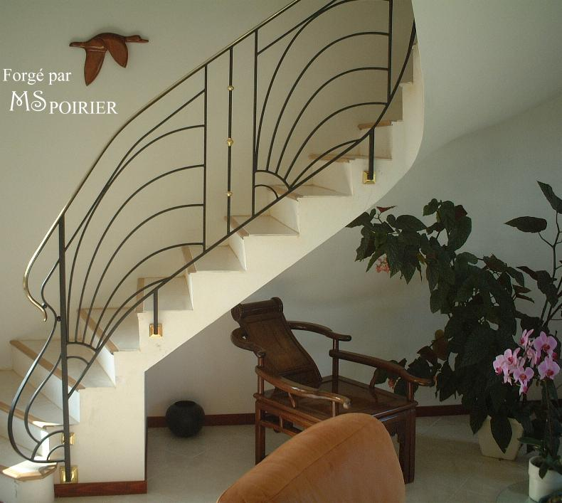 Le Rayon de Soleil la rampe en fer forgé du style Art Déco parfaite ...